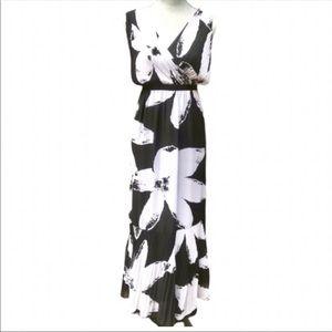 Chicos Black/White Floral Maxi Dress Chicos 2(12